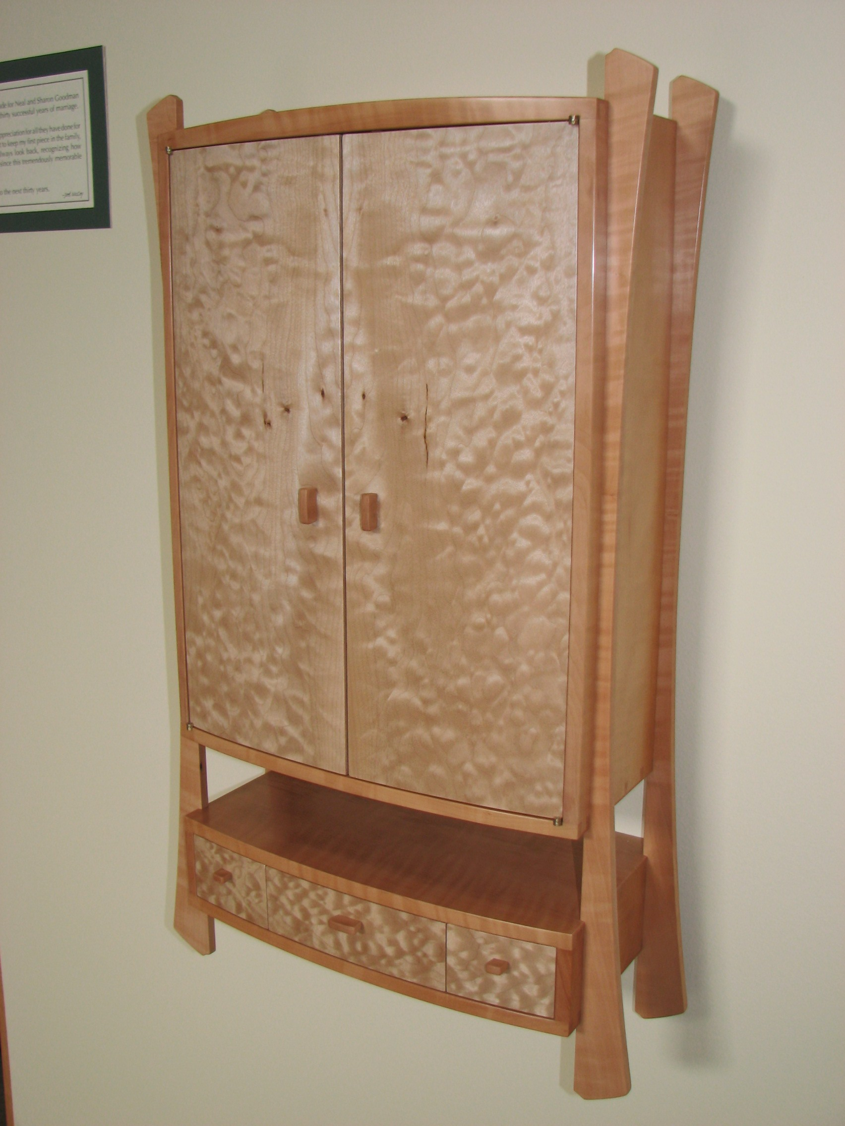 Curly Pear Wood Quilted Maple Wall